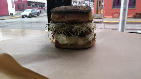 River Daze Cafe: hot and bothered sandwich