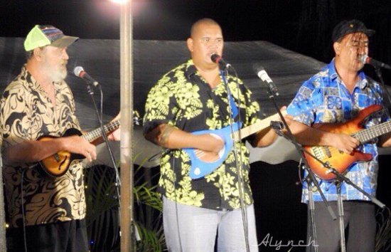 A few pics from the Ukulele festival in Rarotonga..... Amazing voices and talent,  the smiles and the joy that these guys gave us at under the stars night will never be forgotten. ❤️❤️❤️❤️