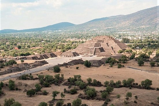 Experience Mexico City: Teotihuacan...