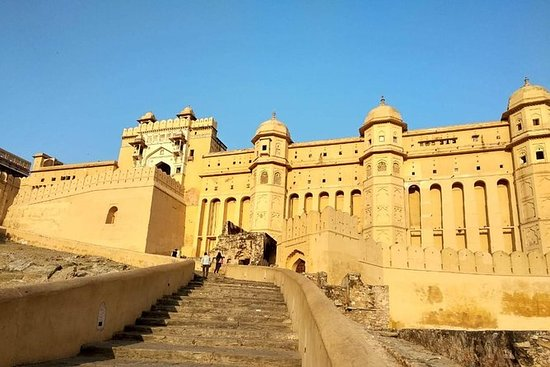Fascinating Day Tour in Jaipur with Guide: Fascinating Day Tour of Jaipur with Guide