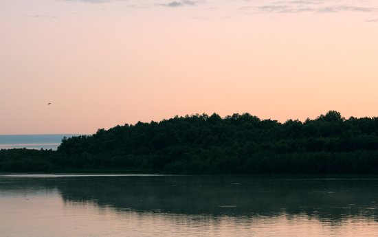 Kolpashevo, รัสเซีย: Закат на севере. Автор - Евгений РУзанкин