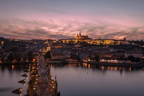 布拉格徒步旅行和晚餐巡遊與晚餐和音樂