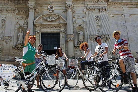 Lecce Street Food Tour med cykel