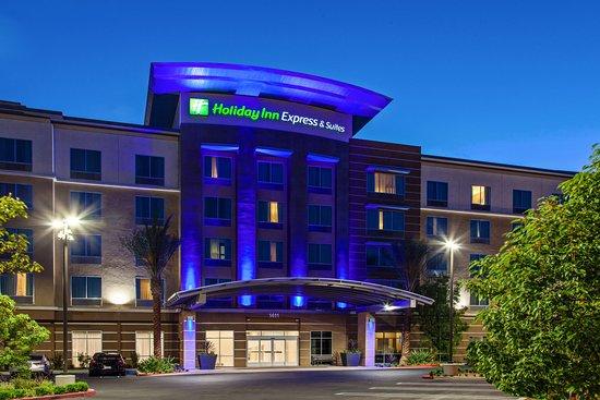 holiday inn express suites anaheim resort area updated. Black Bedroom Furniture Sets. Home Design Ideas