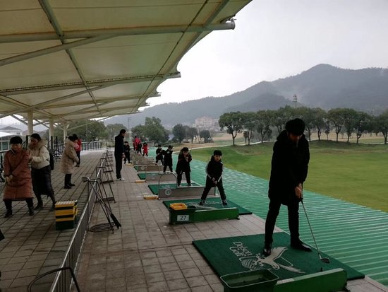 Delson Green World Golf Club: 高尔夫体验