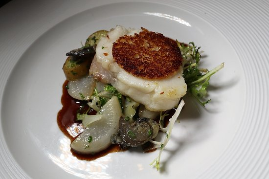 Monkfish (escargot, turnip, bordelaise sauce)