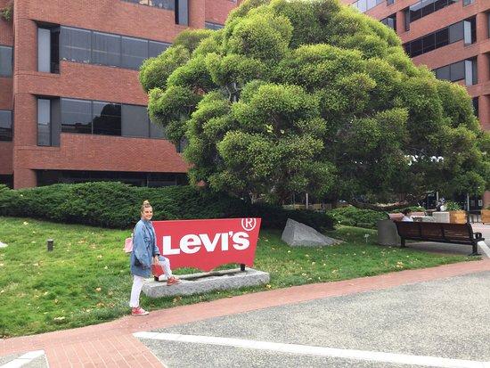 Levi's Plaza Park: Panoramica