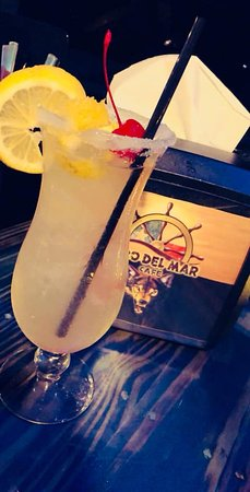 Choose from a large selection of our amazing cocktails and signature drinks!
