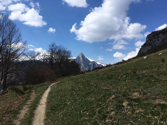 Etsaut, ฝรั่งเศส: Chemin de mature , superbe !