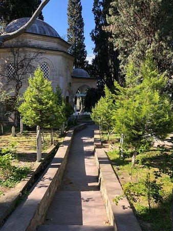Kemalpasa, Turcja: Hamza Baba Turbesi