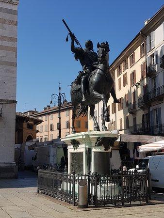 The Ranuccio Farnese bronze statue
