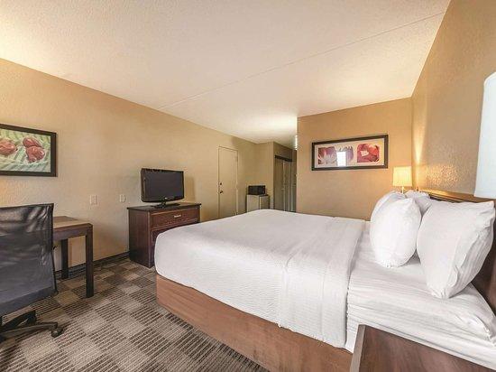 La Quinta Inn & Suites by Wyndham Fairfield NJ照片