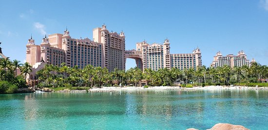 Atlantis experience trumps the hotel room