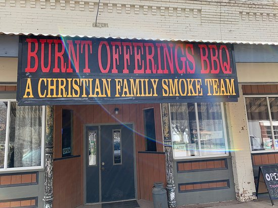 Greeley, KS: Burnt Offerings BBQ- Sign frontage and delicious ribs!