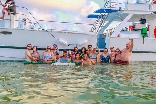 Barco de Festa En Punta cana Por solo...