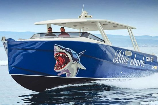 Blue Cave - Privat tur med Blue Shark
