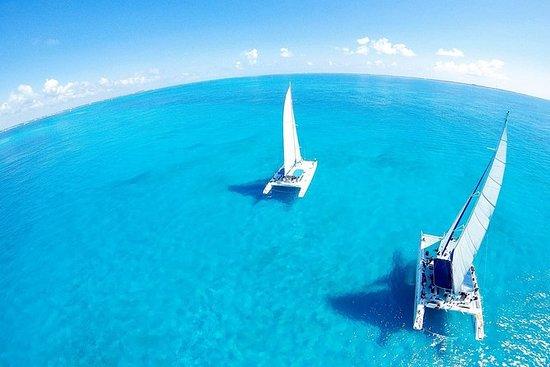 Discover Isla Mujeres in Catamaran