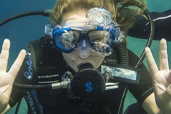 水肺潜水洗礼