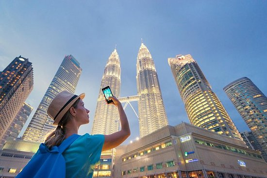 Spring linjen Petronas Twin Tower Billet med gratis hotel levering: Skip the line Petronas Twin Tower Ticket with Free Hotel Delivery