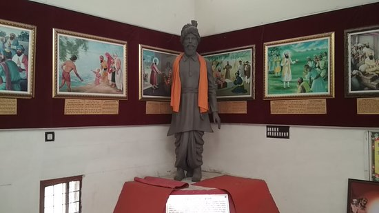 Life size figure of Bhai Kushal Singh in the Museum