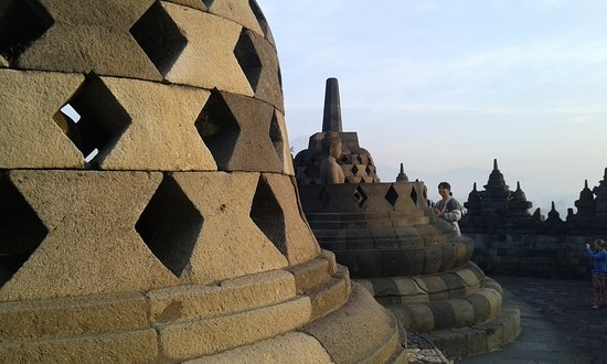 Borobudur Holiday Tour Operator and Travel