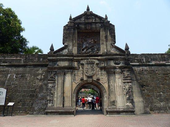 Haupteingangstor des Fort Santiago