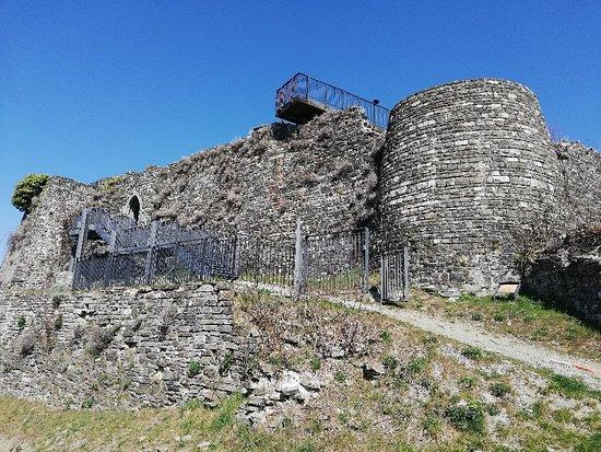 Berceto, Italië: Rovine del castello