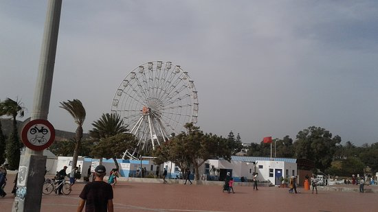 View of Grande Roue d'Agadir along the Promenade