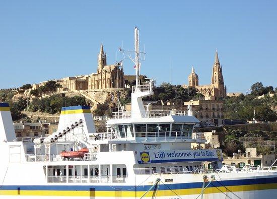 Cirkewwa, Malta: Прибыли.
