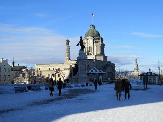Monument Samuel De Champlain