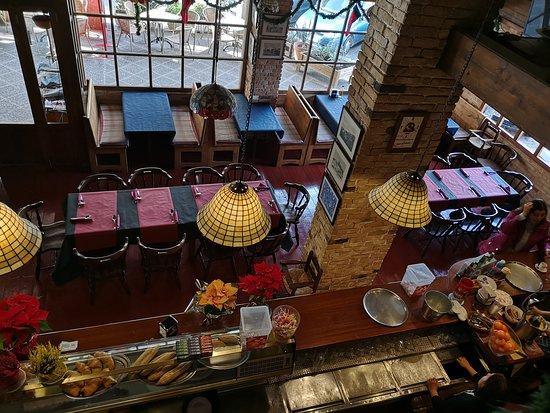 Restaurante Es Llogaret: Interior Es Llogaret bar restaurant