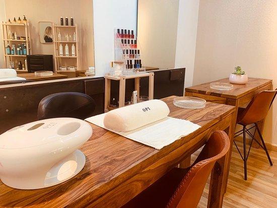Salon Bruc - Peluqueria & Estetica