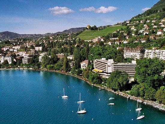 Globe Taxi: Mr. Sami Globe. Zürich - Switzerland 🇨🇭 +41 79 934 99 99