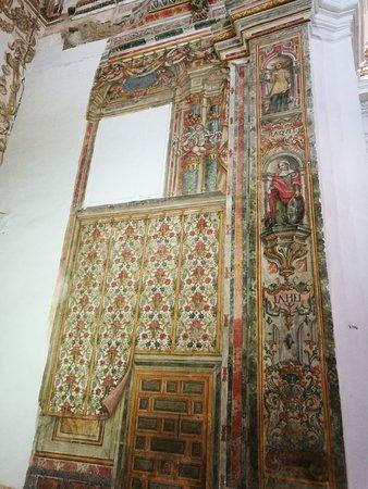 Pinturas de la iglesia.