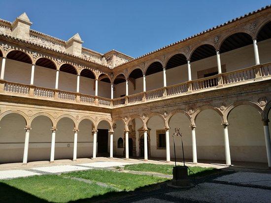 Convento de la Asunción de Monjas Calatravas