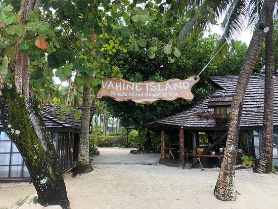 Vahine Island ile privée Resort & Spa : Entrance from dock