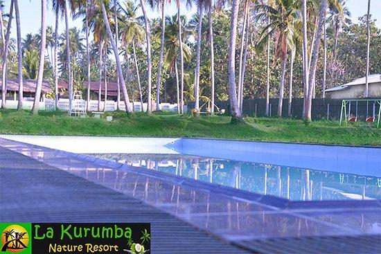 Kuliyapitiya, ศรีลังกา: Swimming Pool