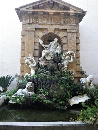 Fontana con complesso monumentale allegorico raffigurante il fiume Oreto, di Ignazio Marabitti.