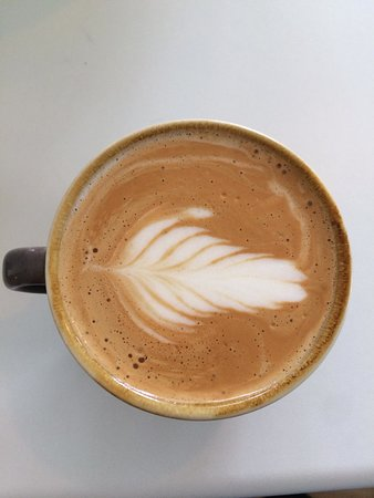 The Cheeky Bean: Oat milk flat white