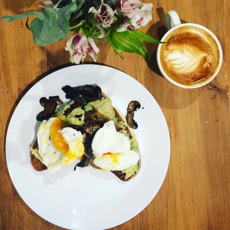 The Cheeky Bean: Avo on toast with poached eggs and mushrooms