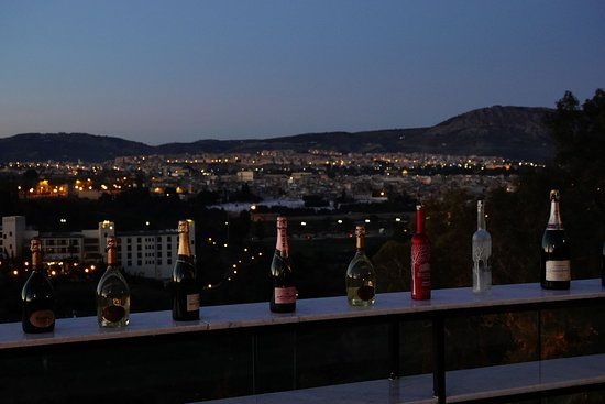 Hotel Sahrai: Rooftop bar with a view.