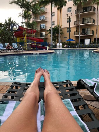 This resort was wonderful! We absolutely loved our stay and would definitely stay again! The pool was nice, there was music in the evenings! Lots of fun!