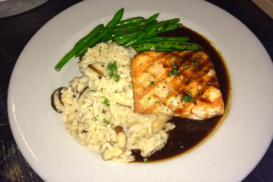 Grilled Salmon and Risotto w/ Green Beans