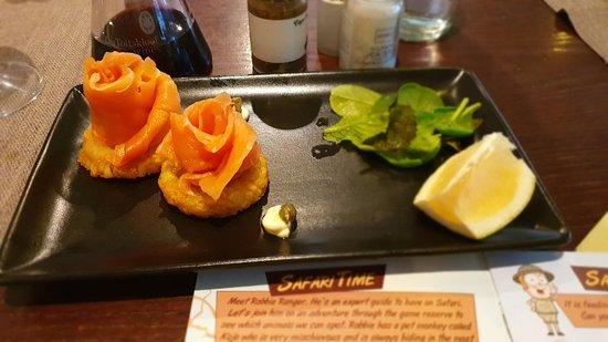 Smoked salmon on a crispy base