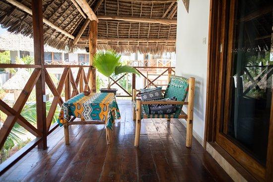 Aluna Nungwi: Private balcony