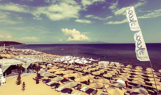 Nea Peramos, Yunanistan: Koo Beach Bar View