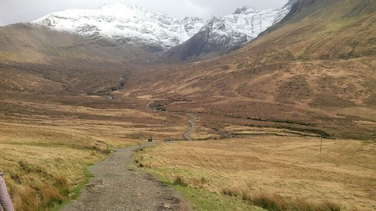 Fairy Pools: A very long walk with no signs