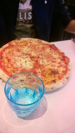 Il Pappagallo: Pizza margherita
