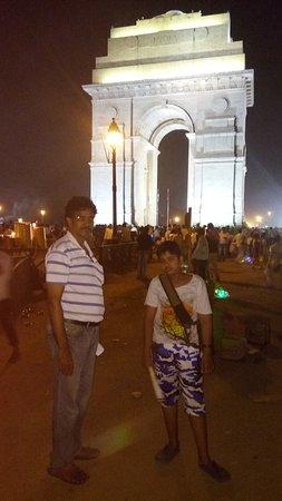 India Gate Night view