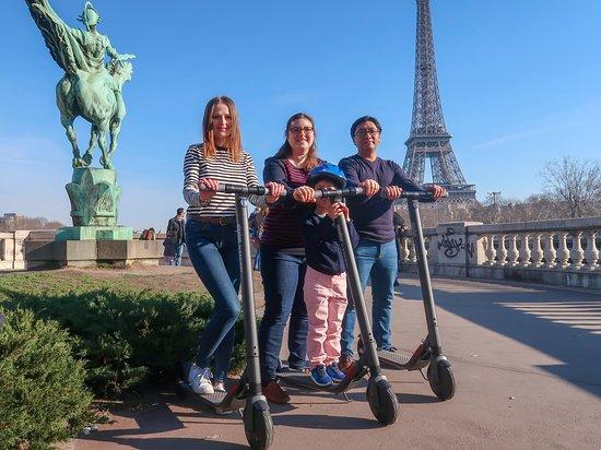 WONDR visites de Paris en trottinette électrique